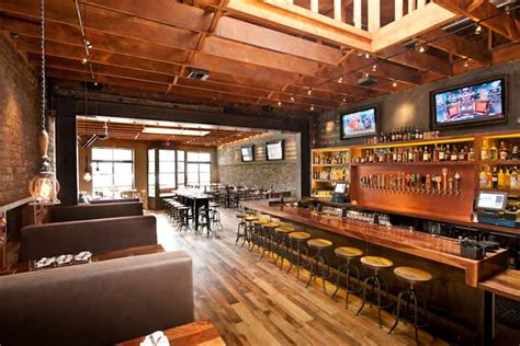 Dining Room Table Bench Seating by The 2 400 Square Foot Bar And Restaurant Has Distressed