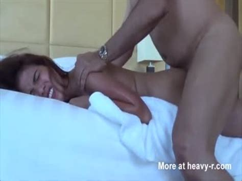 Teen gets painful anal