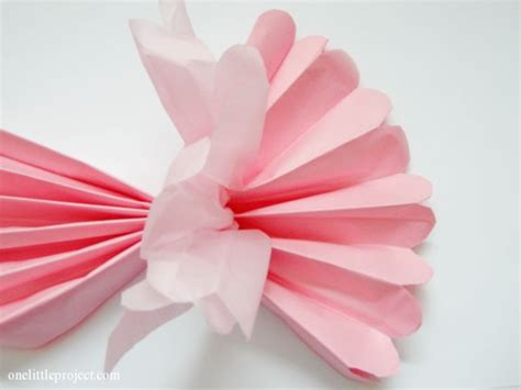 Make Paper Balls - how to make tissue paper pom poms an easy step by step