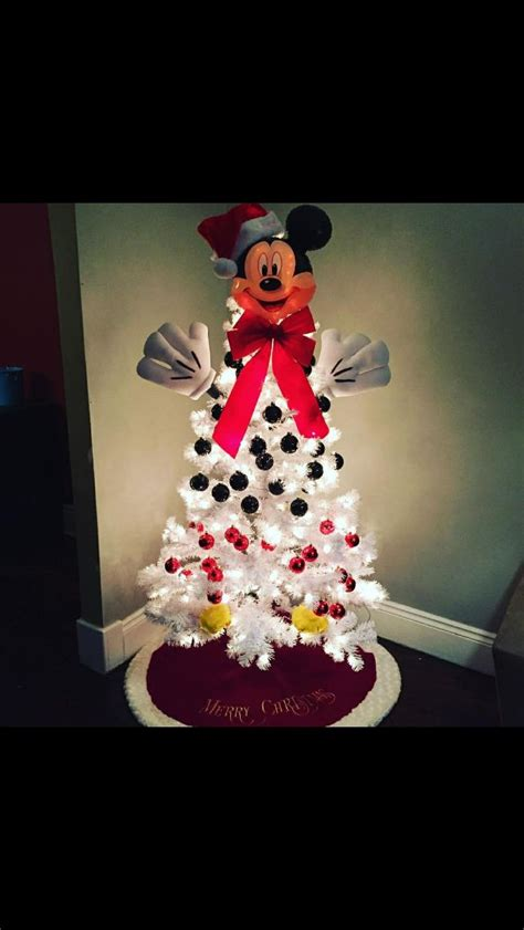 1000 ideas about mickey mouse christmas on pinterest