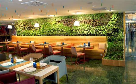 restaurante con jardin barcelona cheese bar jard 237 n vertical en barcelona