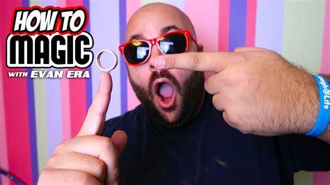 home tricks 10 easy magic tricks to do at home doovi
