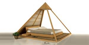 cinius lit cheope 224 pyramide