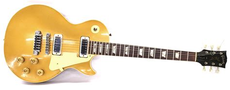 Gitar Gibson Les Paul 145 lot 152 gibson les paul deluxe gold top electric guitar 171 guitar auctions specialists in