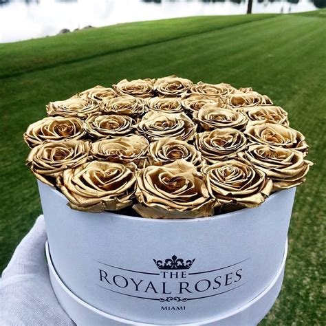 rose royal the royal roses luxury roses in signiture box