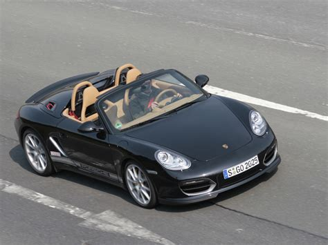 Porsche Scene by Porsche Scene Features Top Story In Ausgabe 06 2010