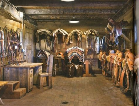 ride  country proud foto horse tack rooms tack