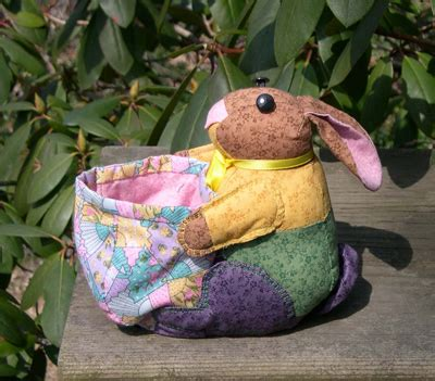 Patchwork Rabbit Pattern - bunnyroo page