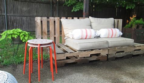Pallet Patio Furniture The Refurbishing Wood Pallet Furniture Trellischicago