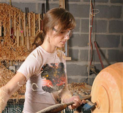 visiting artists woodturner