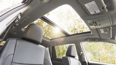 toyota highlander 2017 interior 2017 toyota highlander interior lightbox