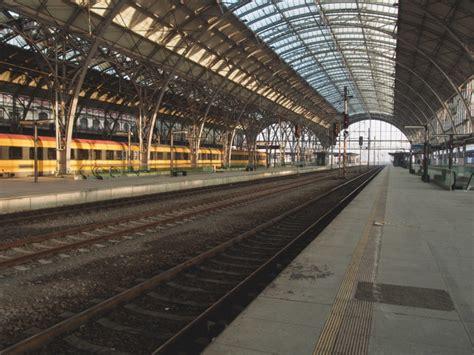 train station  image  libreshot