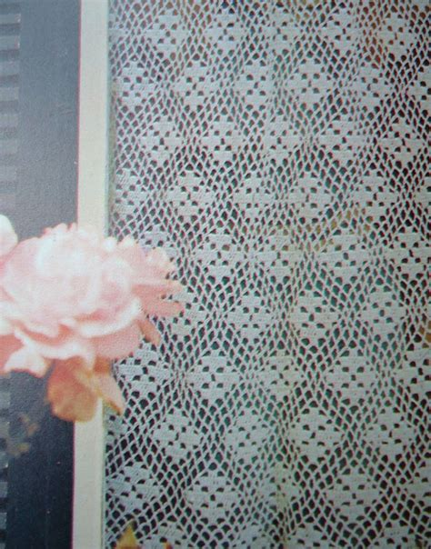 free crochet window curtain patterns 1000 ideas about crochet curtain pattern on pinterest