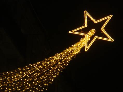 shooting star street decoration christmas pinterest