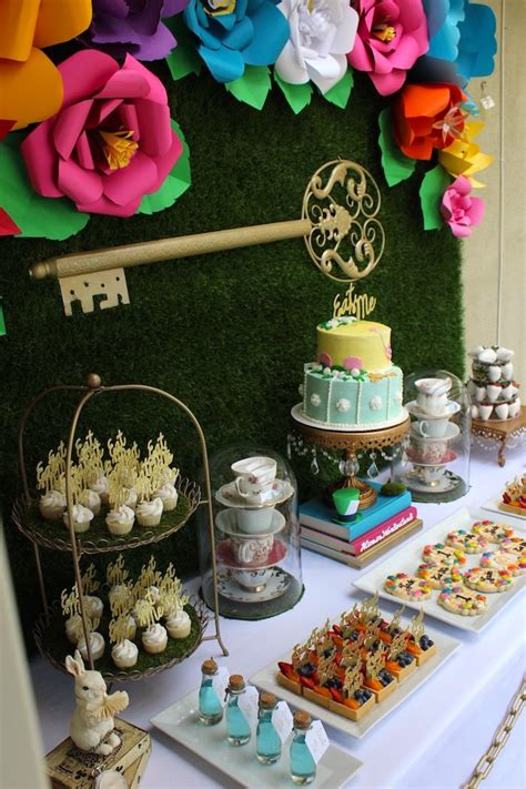 party ideas kara s party ideas 187 close up of details from an alice in