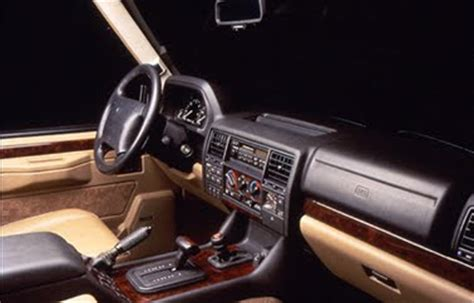 Classic Range Rover Interior by Rrc Lwb Vs P38 I Can T Decide Which One To Buy Page 2