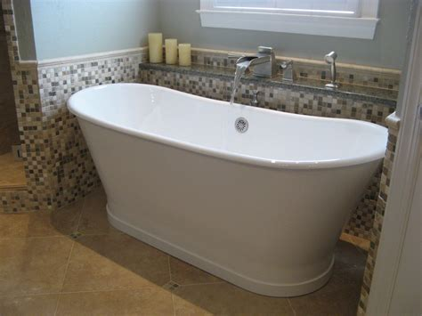 traditional bathtub splashy stand alone tubs in bathroom traditional with