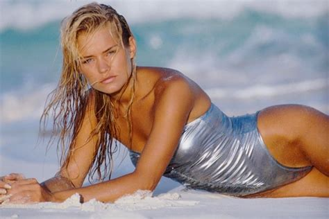 Yolanda Modeling Images | yolanda hadid s fierce throwback modeling photos the