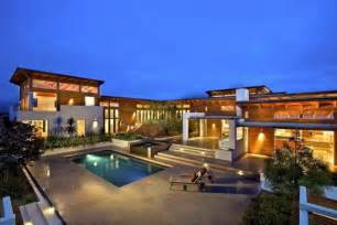 Luxury 1950s modern home exterior modern luxurious house
