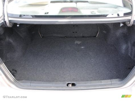 2014 Toyota Corolla Trunk Space Trunk 2010 Toyota Highlander Fwd 4 Door L4 Base Natl