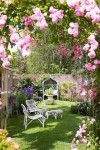 Small Backyard Garden 55 Small Urban Garden Design Ideas And Pictures Shelterness