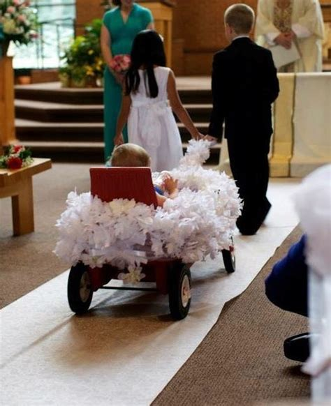 Pictures Of Wedding Wagons For Flower by Best 25 Flower Wagon Ideas On Ring