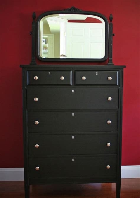 How To Repaint A Wood Dresser by Repainting Wood Furniture At The Galleria