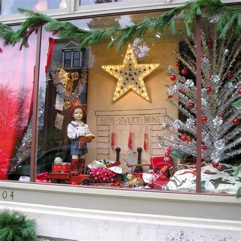 christmas store window quot christmas windows quot pinterest