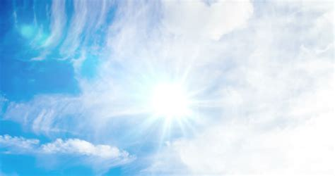 Animated Sun Shining Light On Blue Sky With Cloud Video