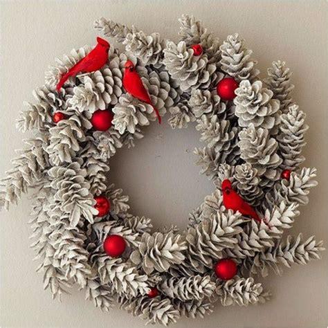 christmas wreath ideas 25 best ideas about pine cone wreath on pinterest