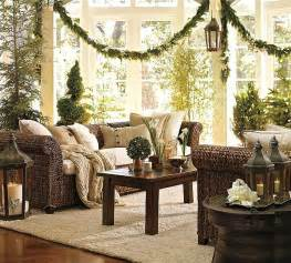 How To Decorate A Traditional Home Traditional Christmas Decorations 4 Decoist