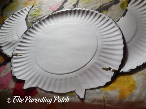Paper Plate Bat Craft - b is for bat paper plate craft parenting patch