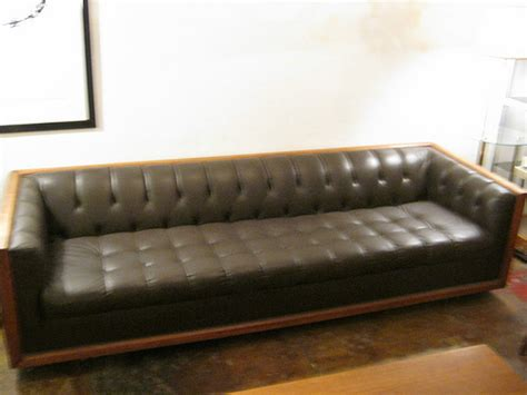 chesterfield sofa los angeles chesterfield sofa los angeles what is a chesterfield
