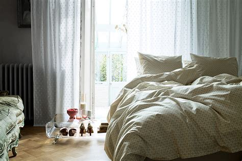 Cozy Bed | creating a cozy bedroom ideas inspiration