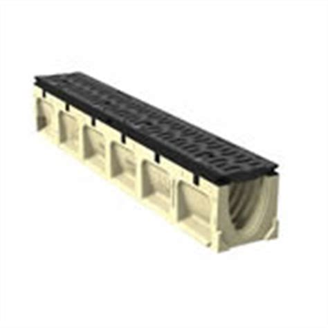 6 wide channel brute drain system with integral cast iron rail aco aco powerdrain s100k ductile iron edge by trench