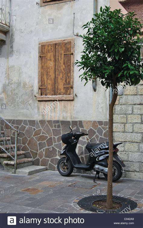 Motorrad Auf Italienisch by Italian Motorbike Stockfotos Italian Motorbike Bilder