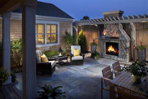 Stunning Backyard Patios, Outdoor Kitchens and Backyard