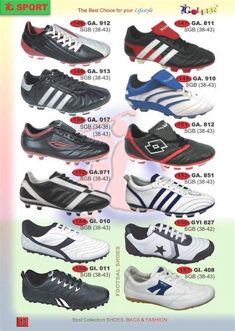 Daftar Sepatu Sepak Bola sepatu sepak bola 171 b4u sepatu dan sandal