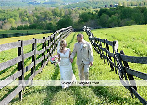 cobblestone tree farm pa lauxmont farms wedding photographer cobblestone courtyard wrightsville pa pink b b light and
