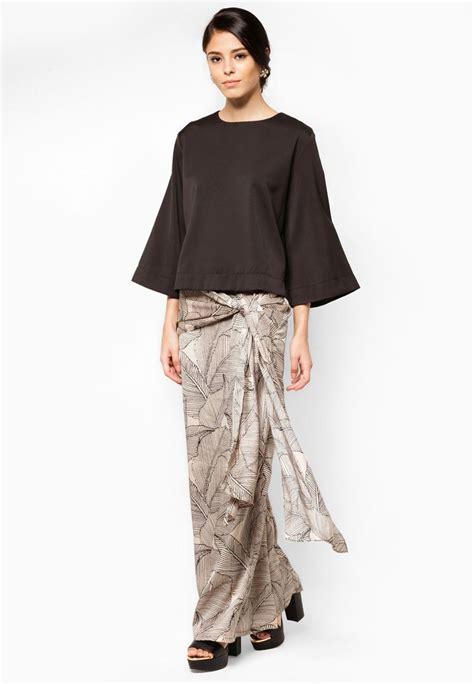 model kebaya batik malaysia  ananta batik