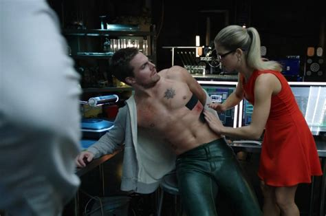 happy birthday stephen amell check out 32 shirtless arrow oliver queen tortured bing images