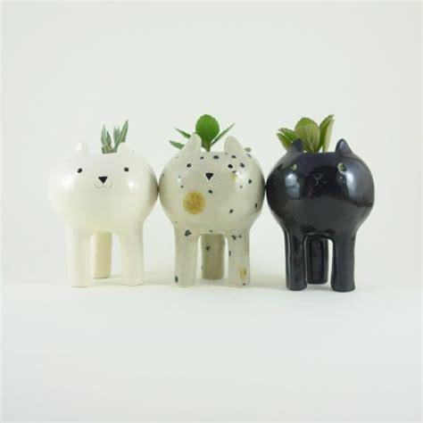 Ceramic Animal Planters by Ceramic Cat Planter Spotty Cat Animal Plant Pot
