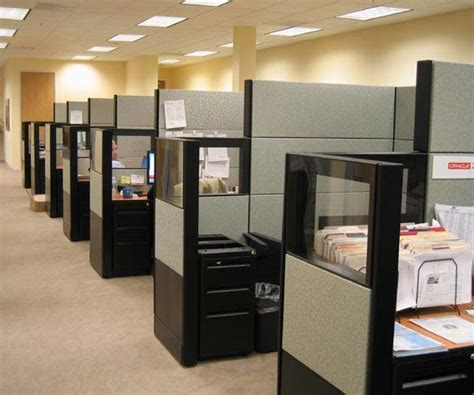certain advantages of choosing office cubicles