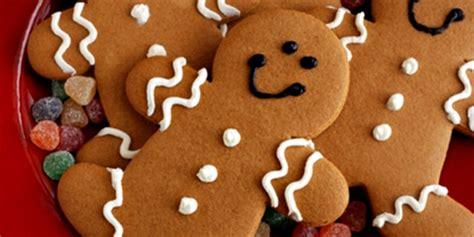 quando decorare i biscotti 10 idee per decorare l albero di natale con allegri