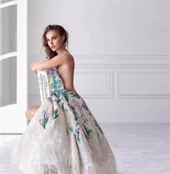 House Design Collection October natalie portman is back in her miss dior role