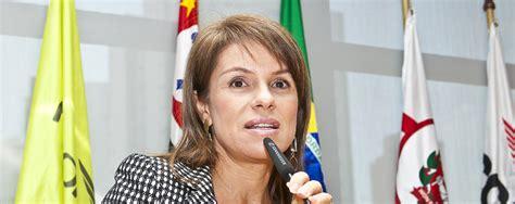 jeanine o jeanine pires os turistas brasileiros est 227 o cada vez
