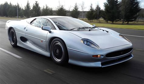 jaguar icon supercar icons 1992 jaguar xj220 still enchants the eye