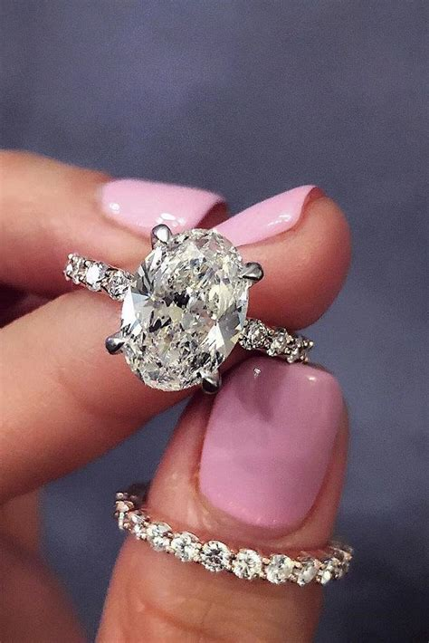 oval engagement rings   girl dreams