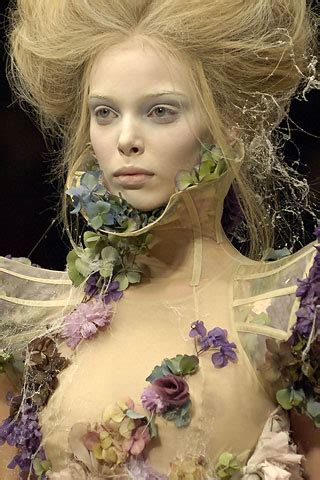 Fashion That Made You Think In 2007 by Mcqueen Summer 2007 Ready To Wear Pfw
