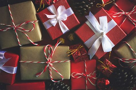 holiday planning venue guide  gift exchange ideas   holiday party los angeles